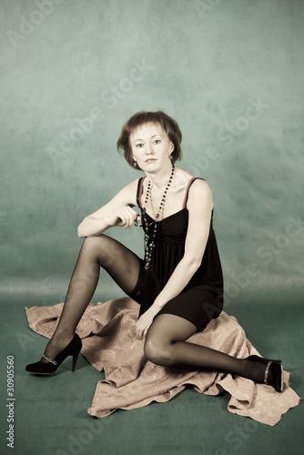 Телка довилялась в платье, направление в сексе гетеро