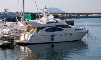 Fototapete - Barca ormeggiata