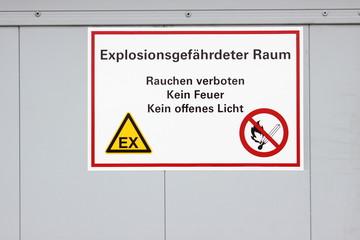 Warnung Hinweisschild