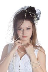 Винтаж портрет молодой женщины в шляпе.
