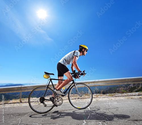 Езда на велосипеде при артрозе коленных суставов можно