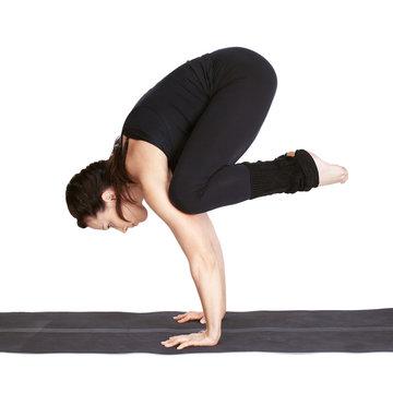 yoga excercising bakasana