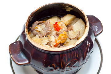 crock pot full of traditional soup