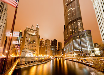 The high-rise buildings along Chicago River