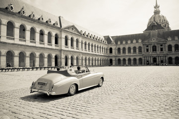 Collection car for wedding ceremony in Paris