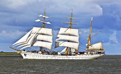 Windjammer auf der Weser