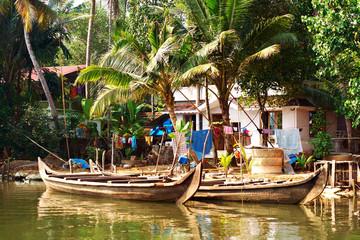 Keuken foto achterwand India Houseboat tour through the backwaters of Kerala, India