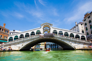 Obraz Venice Grand canal with gondolas and Rialto Bridge, Italy - fototapety do salonu