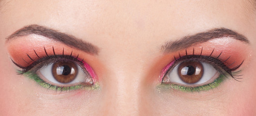 Fantastic make up eye.