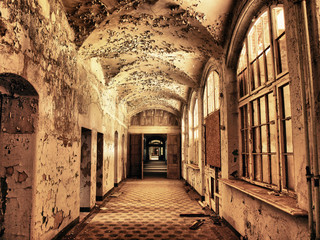 Printed kitchen splashbacks Old Hospital Beelitz alter maroder Flur im Krankenhaus