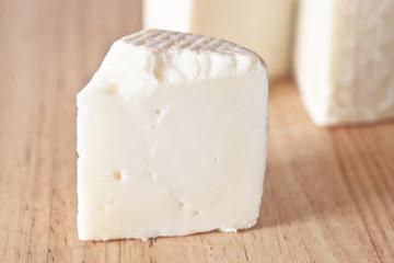 queso sobre tabla