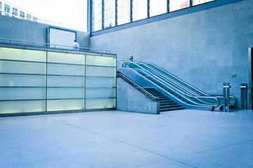 Moderne Rolltreppe
