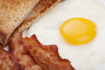 Aluminium Prints Egg fried egg with bacon and toast