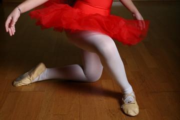 ballerina con tutù rosso