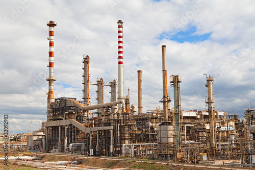 petroleum industry in india - oil and gas drilling and exploration contractors - india oil and gas drilling and exploration contractors india andhra pradesh (1) delhi (6) goa (1) gujarat.