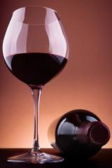 Elegante copa de vino.