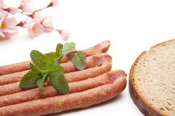 Würstchen mit Brot