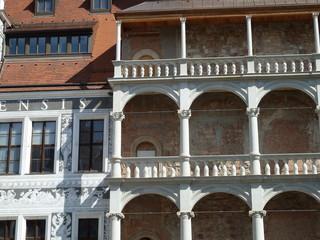 Restaurierungsschritte am Residenzschloss Dresden