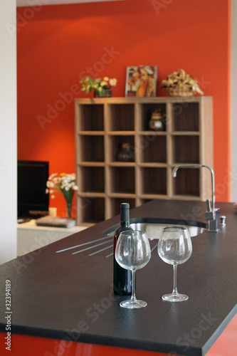 Cuisine Moderne Rouge Et Noir 23 Stock Photo And Royalty Free