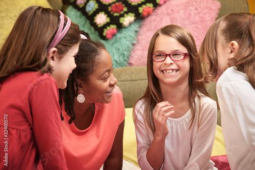 free photo of girls laughing № 11991