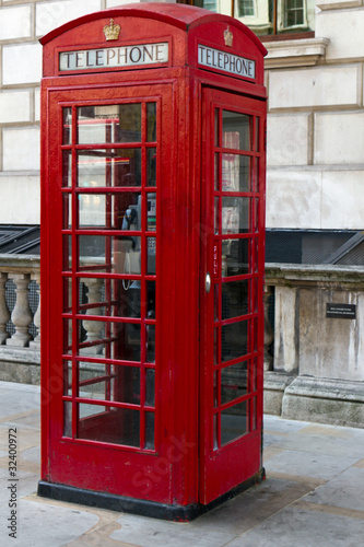 englische telefonzelle london stockfotos und. Black Bedroom Furniture Sets. Home Design Ideas