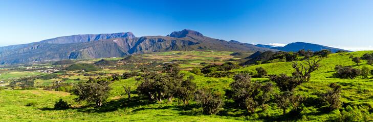 Sommets de La Réunion vus depuis la plaine des Cafres