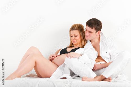 фото жены и мужа в кровате