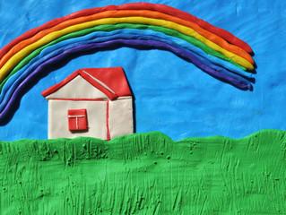 Дом под радугой
