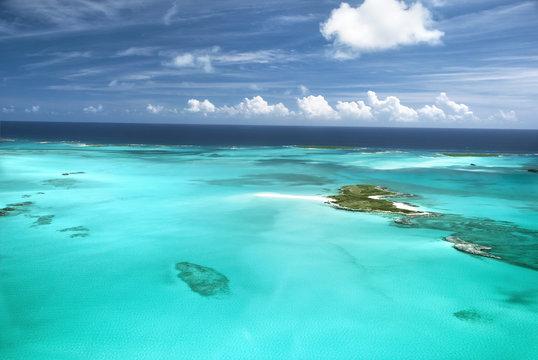 The caribbean ocean, sandbars and islands.