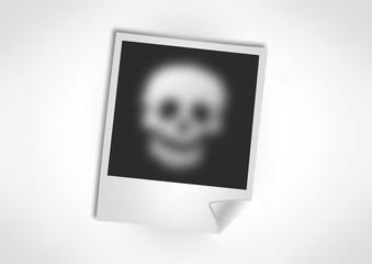 Polaroid Photo Totenkopf