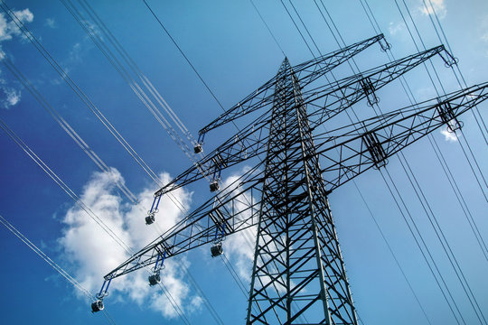 Strommast Oberleitung