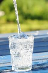Wasser eingießen