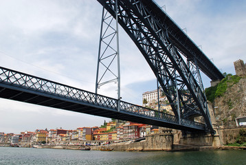 Dom Luis I Bridge in Porto, Portugal