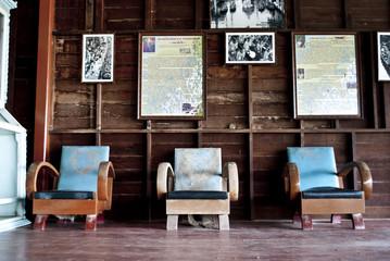 Three vantage chair