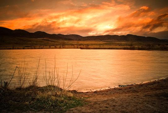 Sunset along lake Chatfield