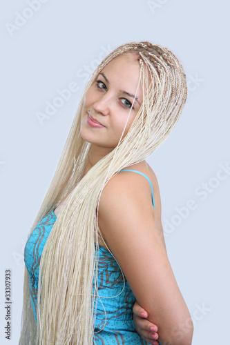 video-blondinku-s-kosichkami