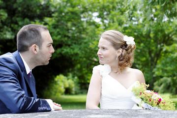 mariés se disputant