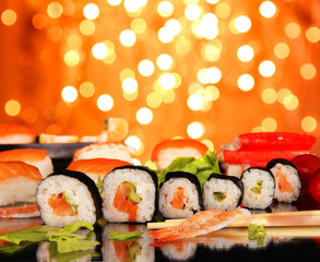 Foto op Aluminium Sushi bar Delicious sushi with shiny blur background