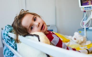 Kind in der Klinik