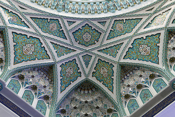 Beautiful decoration in Grand Mosque of Muscat, Oman