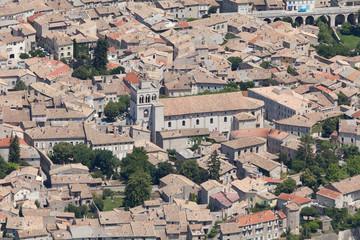 Вид на город Ди сверху. Франция.