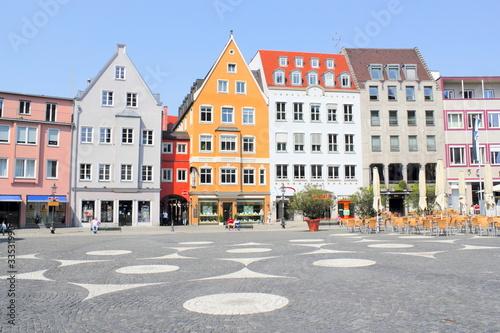 augsburg rathausplatz stockfotos und lizenzfreie bilder. Black Bedroom Furniture Sets. Home Design Ideas