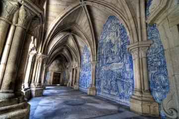 Sé Cathedral cloister, Porto, Portugal