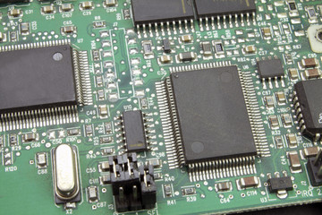 electronic circuit boards and solder components with chips