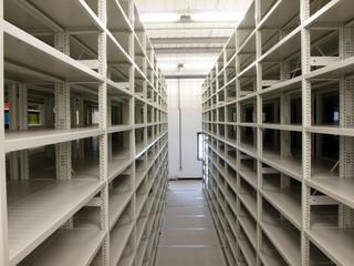 Mobile shelves in a modern storehouse