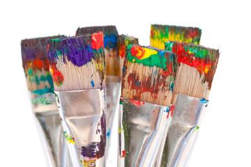 Pinceaux brosses avec peinture
