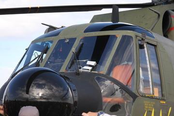 HH-3F Pelican a terra