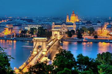 Deurstickers Boedapest Budapest Kettenbrücke und St. Stephansbasilika