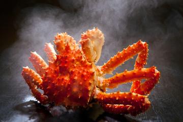 湯で上がる蟹
