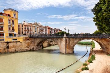 Puente Viejo über Rio Segura in Murcia, Spanien